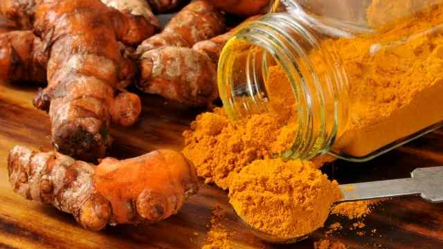 Health Benefits Of Turmeric - The Golden Spice