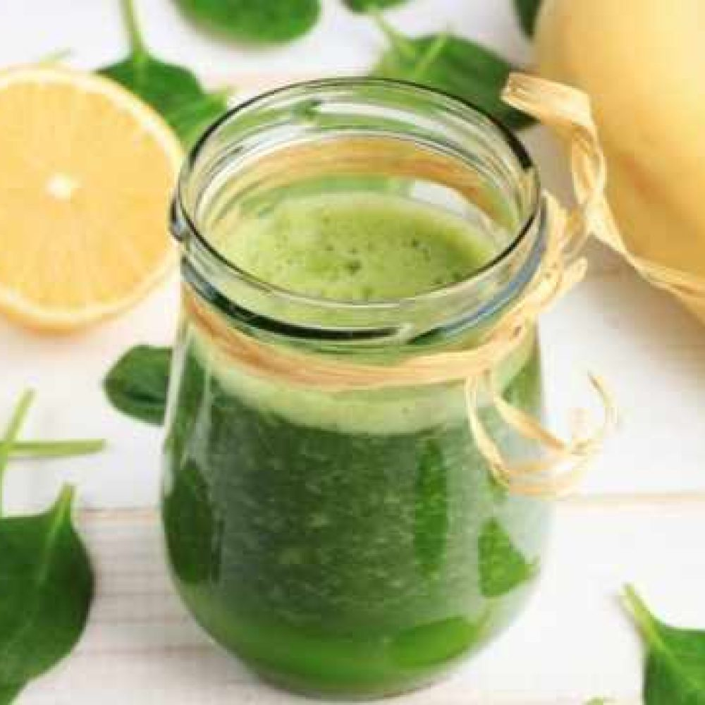 Pear banana green smoothie